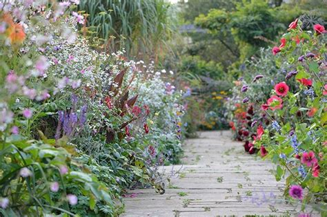ideas  steal  english cottage gardens gardenista