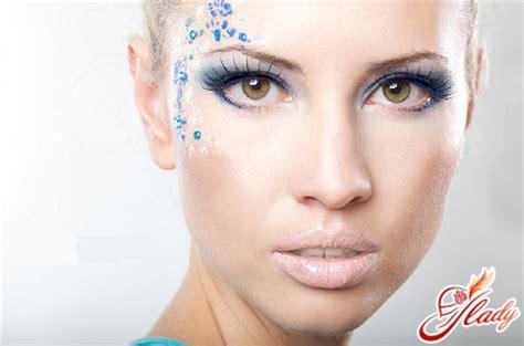 Как увеличить с помощью макияжа глаза? 47 фото makeup для маленьких глаз