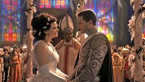 The gang meets once upon a time alvea s for Snow white wedding ring once upon a time