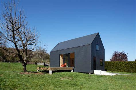 das versteckte baumhaus haeuser house roof house home