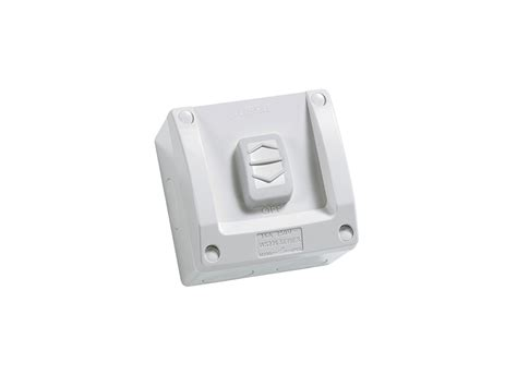 clipsal ws226 surface switch 1 gang 1 pole 250vac 16a ws series m80 square