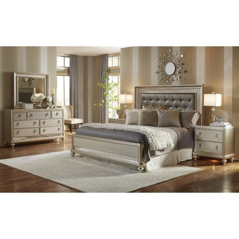 Diva Champagne 6piece Calking Bedroom Set