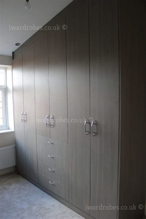 fitted modern wardrobes  traditional closets