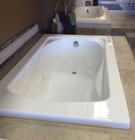 bathroom choose   standard bathtub size  type