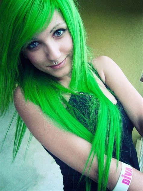 stunning long emo hairstyles  girls   blurmark