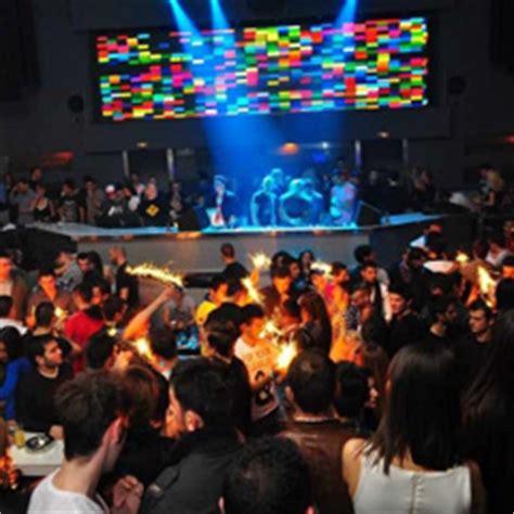 thessaloniki nightlife bar clubs  thessaloniki