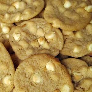 White Chocolate Chip Cookies Recipe ~ Easy Dessert Recipes