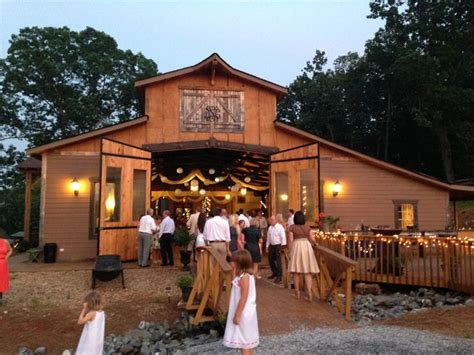white oaks barn reception dahlonega ga wedding