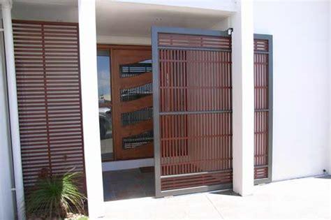 garage apartment aluminium colorbond privacy screens superior screens
