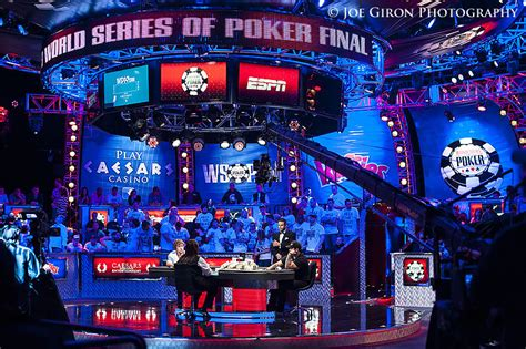 2013 World Series of Poker Main Event Final Table Photo ...