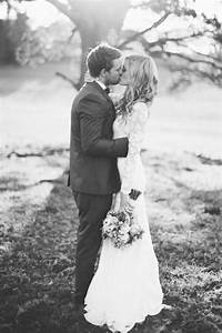 Best 25 outdoor wedding photography ideas on pinterest for Outdoor wedding photography poses