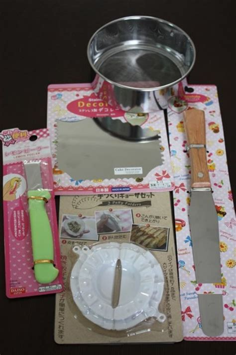 What to buy from Daiso   Cake Decorating & Useful Kitchen