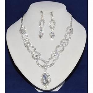 Parure bijoux la boutique de maud for Robe pour mariage cette combinaison parure bijoux