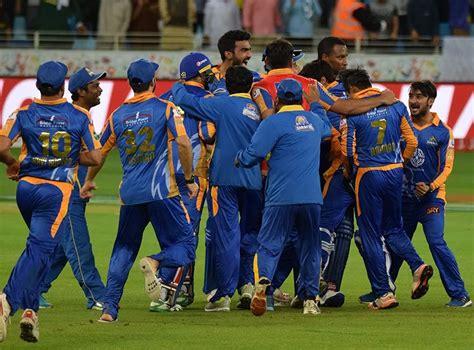 Karachi Kings' emerging star shows off his intense ...