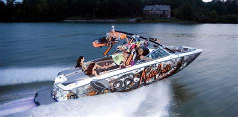 Best Utah Pontoon Boats by Boat Rentals