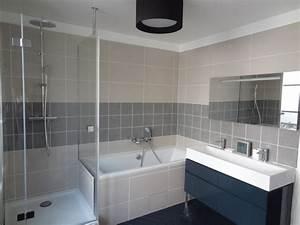 Salle De Bain Douche Baignoire : am nager une salle de bains galerie photos de dossier 70 268 ~ Melissatoandfro.com Idées de Décoration