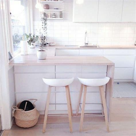 cuisine blanche et bois clair les 25 meilleures idées concernant décoration de cuisine
