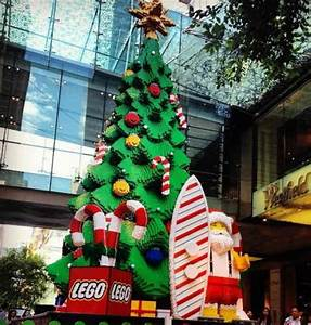 Behind The Scenes Of Sydney39s Giant Lego Christmas Tree