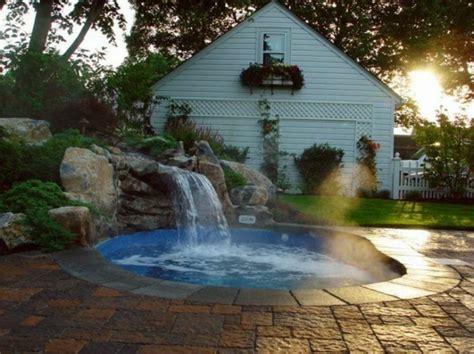 Whirlpool Für Haus Und Garten by Whirlpool Im Garten 100 Fantastische Modelle Archzine Net