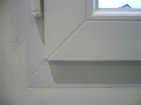Fenêtre Et Encastrement Dans Le Mur
