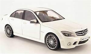 Mercedes Classe C Blanche : mercedes classe c miniature 63 amg blanche 2007 autoart 1 18 voiture ~ Maxctalentgroup.com Avis de Voitures