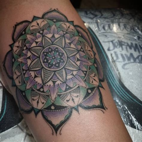 mandala tattoo meanings designs perfect ideas