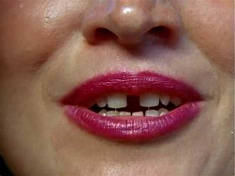Gaptoothed Women (1987) Youtube