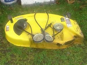 John Deere X300 Mower Deck