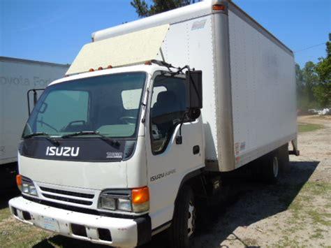 Isuzu Npr 1997 Box Truck Used