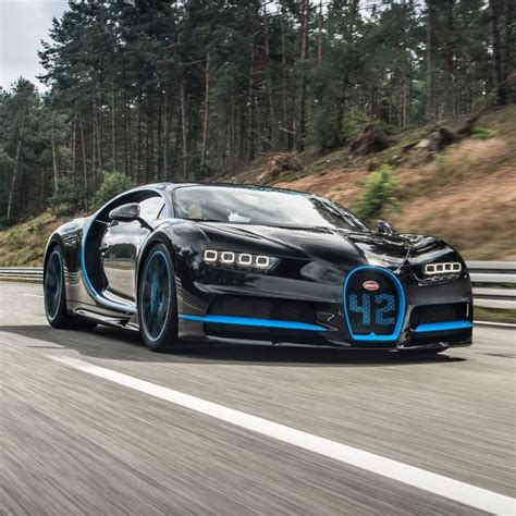 2017 bugatti chiron first drive review 2017 Bugatti Chiron Sets World Record For Going From 0 to 249mph and Back to 0 in 42 Seconds