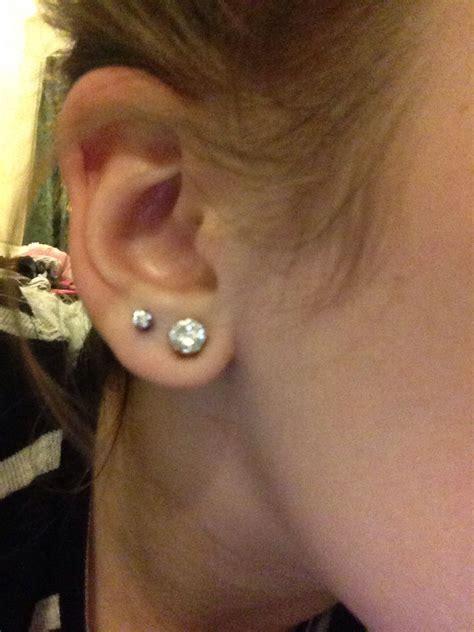 ear piercing     cute