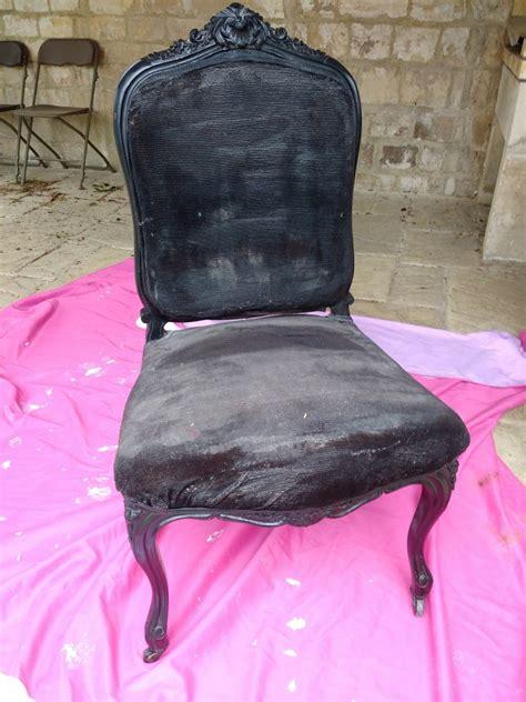 tapisser une chaise comment tapisser un fauteuil missglamazone
