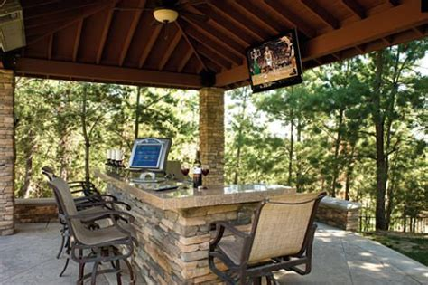 The Perfect Outdoor Room If You Can't Live Without Tv Or