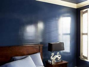 How to Add a Wet Effect to Walls With Glossy Paint HGTV