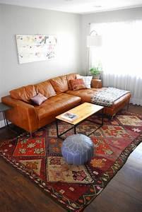 savourer la beaute de tapis berbere en 44 photos With tapis kilim avec canapé meridienne gris