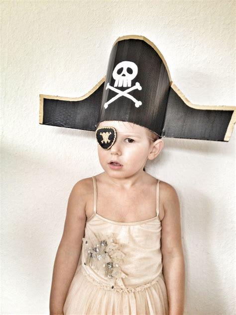 pirate hat    favourite craft ideas  children