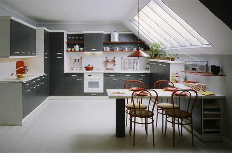 changer le plan de travail de la cuisine comment rénover sa cuisine maison conseils déco et travaux
