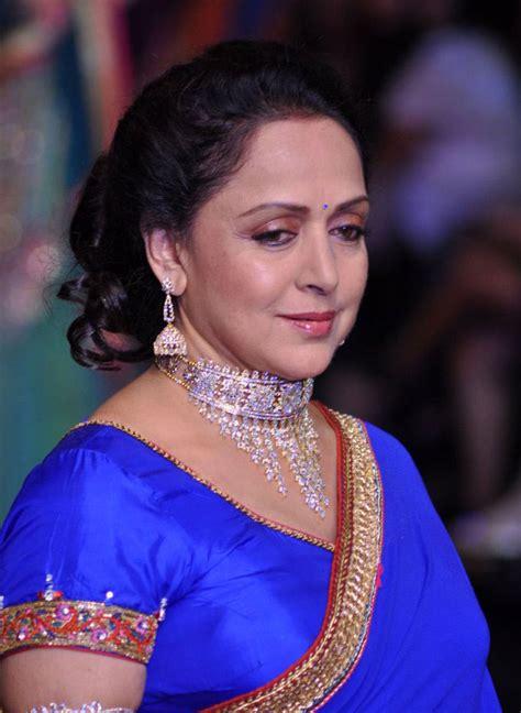 Hema Malini Profile |Hot Picture| Bio| Bra Size ...