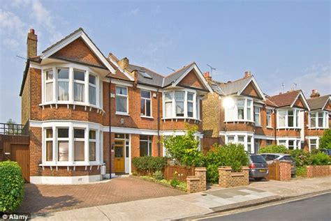 Downsizing To A Semidetached Home Could Make You £120,000