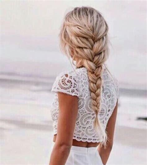 adorable beach blonde braid braided crop top fashion