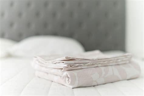 wash sheets  bed linens