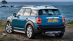 Mini Country Man : new 2017 mini countryman revealed everything you need to know motoring research ~ Medecine-chirurgie-esthetiques.com Avis de Voitures