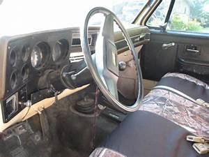 Gmc 2500 Regular Cab Pickup - Manual Transmission