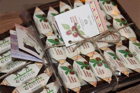 Konfektes Gotiņa etiķešu kolekcija: Skrīveru pārtikas ...