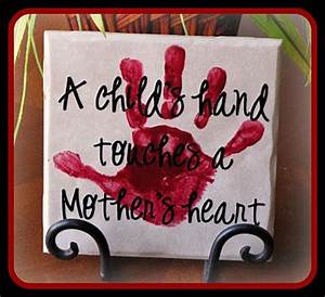 Momma s Fun World Mother s Day handprint crafts