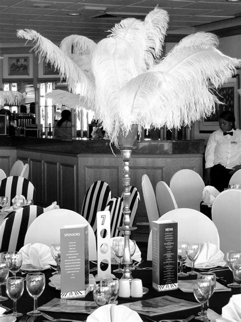 Speakeasy Decorations 1930 | Ostrich feather table