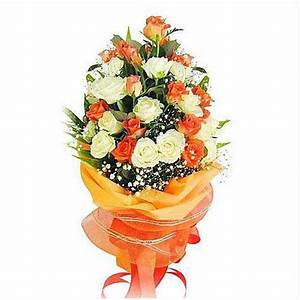 Beautiful Bouquet of White and Orange Roses Flower