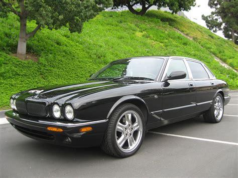 jaguar xj sedan  jaguar xj  auto