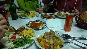 Abendessen Auf Englisch : tirana albanien ber silvester ~ Somuchworld.com Haus und Dekorationen