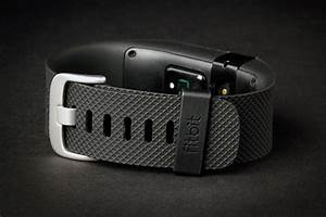 Fitbit Charge Hr Review Fitness Tracker Digital Trends